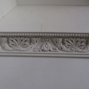 Cornice in stucco decorata. Cornici: Rif. 306